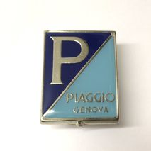 "Vespa ""GENOA"" enamel/ chrome horncasting badge GS,VB1,VL"